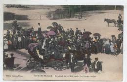 58   FOURCHAMBAULT  :   FEMME  COCHER  (  SCANS R° V°  )  CAVALCADE  MAI  1908  . COLORISEE  ET  RR  . - France