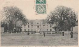 LE MESNIL SAINT-DENIS (Yvelines) - Le Château - Animée - Le Mesnil Saint Denis