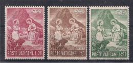 VATICANO   1965 NATALE SASS. 420-422 MNH XF - Vaticano