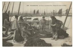 Douarnenez - Les Quais Du Grand Port - Préparatifs Pour La Péche. - Plougasnou
