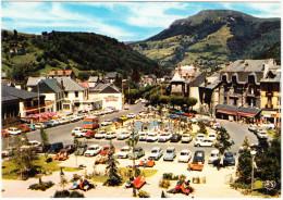 Le Mont Dore: CITROËN 2CV, AMI, GS, DYANE & 5x DS, RENAULT 4,5,6,10,12, PEUGEOT 204,304,404,504 Etc. -Hotel Bardon- (F) - Toerisme