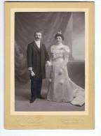 photo  cartonn�e   Mari�s   C   Thiolier     poitier  18.5  x 13  cm