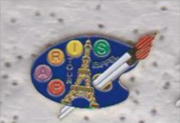 Pin's  VILLE DE PARIS LA TOUR EFFEIL - Cities