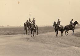 Photo Revue Moilitaire ?  Armée Belge En Allemagne Région Soest - Guerre, Militaire