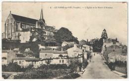 85 - LE POIRE-SUR-VIE - L'Eglise Et La Route D'Aizenay - Poiré-sur-Vie