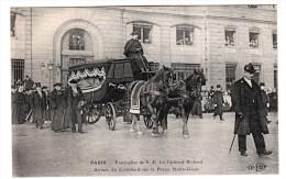75 - Paris 4 ème - Funérailles De S.E Le Cardinal Richard - Arrivée Du Corbillard Sur Le Parvis De N.D - Editeur: E.L.D - Arrondissement: 04
