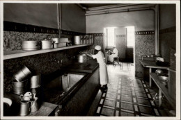 29 - ROSCOFF - Sanatorium - Cuisine - Plonge - Vaisselle - Roscoff