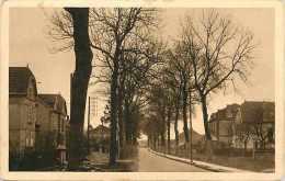 Nov14 1204: Courcelles-Chaussy  -  Rue De La Gare - Frankreich
