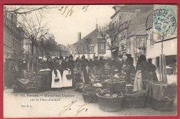 18 VIERZON - Marché Aux Légumes Sur La Place D'Armes - Vierzon