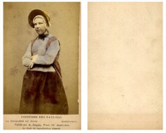 A. Jager, Pays-Bas Une Femme En Costume Traditionnel De Zandvoort - Anciennes (Av. 1900)