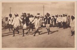 Cpa,afrique,africa,postca Rds,DJIBOUTI  Et Ses Coutumes,danse Indigène,tous La Main Dans La Mains - Djibouti