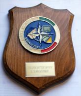 NATO - STORICO CREST ARALDICO DELL'ITALIAN BATTLE GROUP BOSNIA 2002 - Insegne