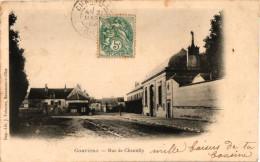 GOUVIEUX ... RUE DE CHANTILLY - Gouvieux