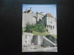 (52) CARTE POSTALE : LANGRES - Les Remparts, La Porte De L'Hôtel De Ville Et La Fontaine St Didier - Langres
