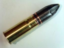 Obus de 37mm explosif francais mle 1916 avec fus�e Mle 1918 fabrication ann�es 1930 - Inerte -  WW2