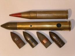 """Lot obus et """"obus"""" de 37mm divers"""