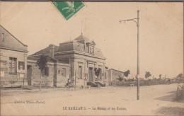 33-LE HAILLAN-La Mairie Et Les Ecoles 1907  Animé - France