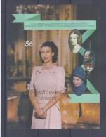 ST-VINCENT & GRENADINES. Reine Elizabeth II. Bloc Non Dentelé - St.Vincent & Grenadines