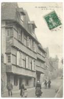 76. Quimper - Vieilles Maisons De La Rue Royal. - Quimper