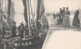 BOULOGNE SUR MER  (Pas De Calais) - Barques D´Equihen - Boulogne Sur Mer