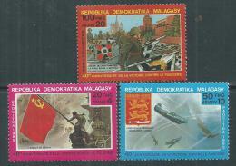 Madagascar n� 737 / 39  XX  40�me anniversaire de la Victoire sur le fascisme. Les 3 valeurs sans charni�re, TB