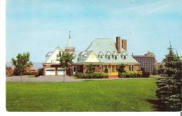 Chicoutimi, Quebec - Residence De Monsieur John Murdock - Chicoutimi