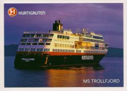 Norwegen - AK - Schiffe - Hurtigruten - MS Trollfjord Mit Sonderstempel Polarkreisquerung 27.Juni 2013 - Traghetti