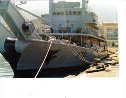 Batiment Militaire Marine Francaise A 731 Tiarée  A Quai Bastia 1989 - Boats