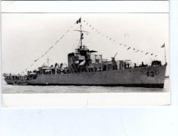 Batiment Militaire Marine Perou BAP Ferré Ancien Hsm Decoy Coque F 3 En 1951 - Boats
