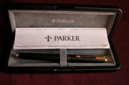 PARKER 75 - Matte Black  Fountain Pen - France - Stylos