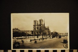CP 75 PARIS   NOTRE DAME   1939 - Notre Dame De Paris