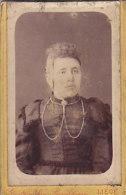Dame (Gonthier Van Broekhoven, Liège, Boulevard D´Avroy) (sur Carton 6.5 X 10.5 Cm) - Zonder Classificatie