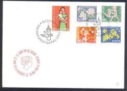 Switzerland Suisse Schweiz 1962 Cover: Pro Juventute: Apfenblütenzweig; Forsythie; Flora; Mutter Mit Kind - Suisse