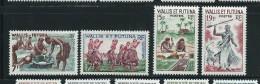 Lot De 4 Timbres (état: Xx)  Vies Des Peuplades - Wallis-Et-Futuna