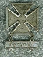 Vintage Sterling Silver U.S. Army Marksman Crest Badge Pin �BAYONET� ***