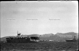 I1 - TOULON ancien PORTE AVIONS - negatif photo original, navire de guerre