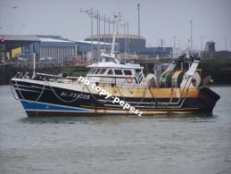 boulogne sur mer -le port -chalutier-PAX DEI- BL734505-photo cpm