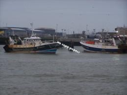 boulogne sur mer -le port -chalutiers-PAX DEI- BL734505-TIGERS2-photo cpm