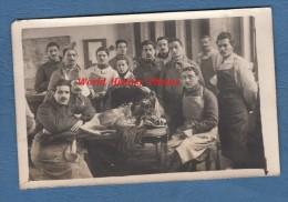 CPA Photo - ALFORT - Un Cours D' Anatomie Animale - Ecole Vétérinaire - TOP RARE - Etudiants Militaires - 1919 - Maisons Alfort