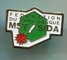 pin�s pins - f�d�ration du Pays Basque MST SIDA - maladies m�dical m�decin