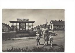 11479 - Lidice Vstup Do Nové Obce Entrance Into The New Village (Format 10X15) - Tchéquie
