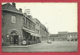 Haacht - Gemeenteplaats - Café : In Den Akker - Cirtoën 2 CV - 1976 ( Verso Zien ) - Haacht