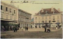 La Tour Du Pin - Place De La Sous-Préfecture ( Cp Toilée, Colorisée ) - France