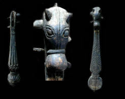 Ancienne Danga à Tête De Cheval Guitare Mandoline / Old Danga Horse-shaped Musical Instrument (Tibetan Border) - Musical Instruments