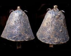 Ancienne Petite Cloche De Chamane Du Népal / Old Littles Shaman's Bell From Nepal - Musical Instruments