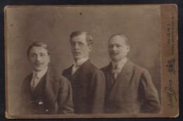 WIEN - FOTOGRAF BING / 3 JUNGE MÄNNER - FOTO - PHOTO (ref P78) - Oud (voor 1900)