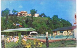 Cpsm L HOTEL DE LA ROCHE PLEUREUSE Ses Motels Sa Piscine Ile Aux Coudres - Quebec