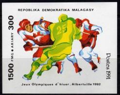 Madagascar  BF n� 73 XX Jeux olympiques d�hiver � Albertville  le  bloc  sans charni�re TB