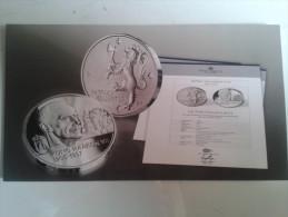 Alt631 Foglietto Illustrativo Promozionale Moneta Commemorativa Da Collezione Norvegia Re Norge King Kong Haakon VII - Monete