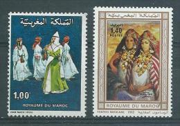 MAROC  Yvert  N° 814 Et 927 (voir Description)  FOLKLORE ET PEINTURE - Costumes